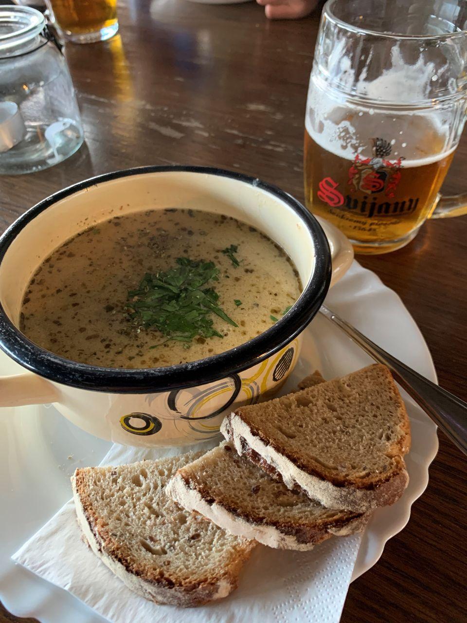 Polski żurek i czeskie piwo