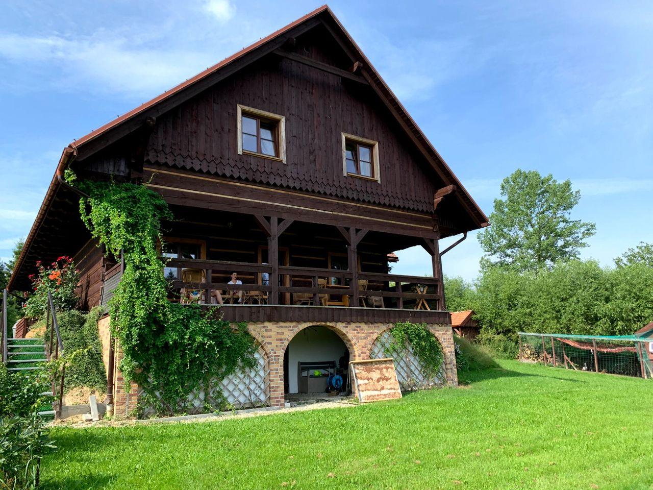 Chata Rosza, Czarna Górna
