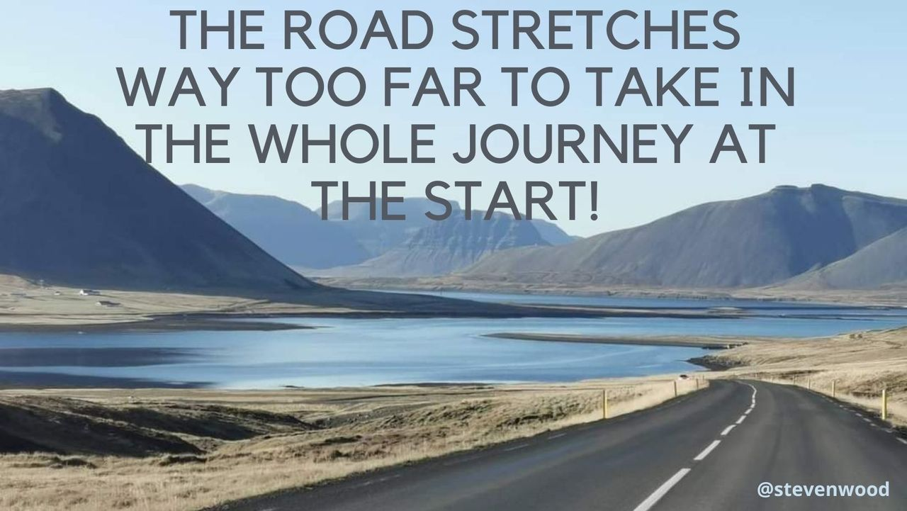 the_road_stretches_too_far_iceland_road_pic.jpg