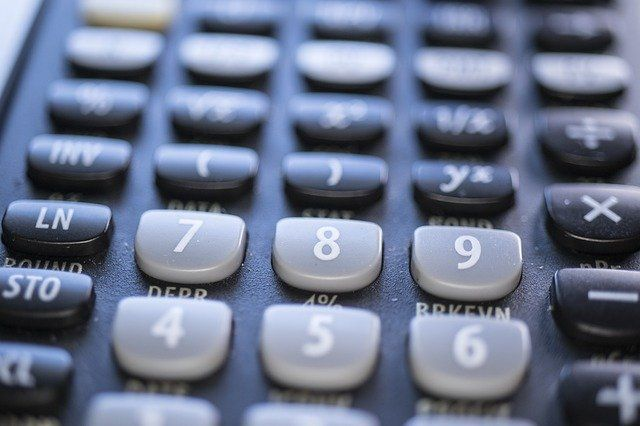 calculator4607653_640.jpg