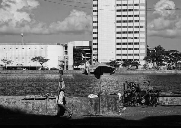 When the Photo Speaks - In the Streets of Recife, Brazil by @jsantana