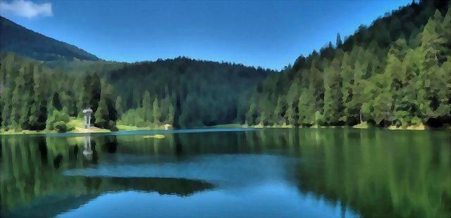 Lake Synevir.jpg
