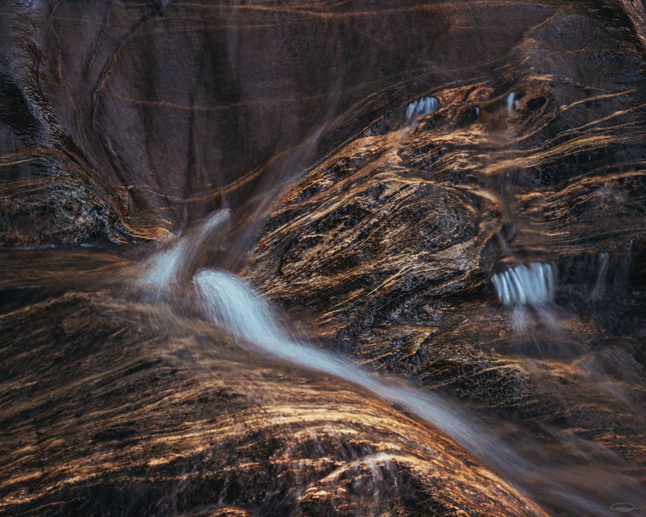 Abstract Photography | Intimate Landscape Photography - flowing water