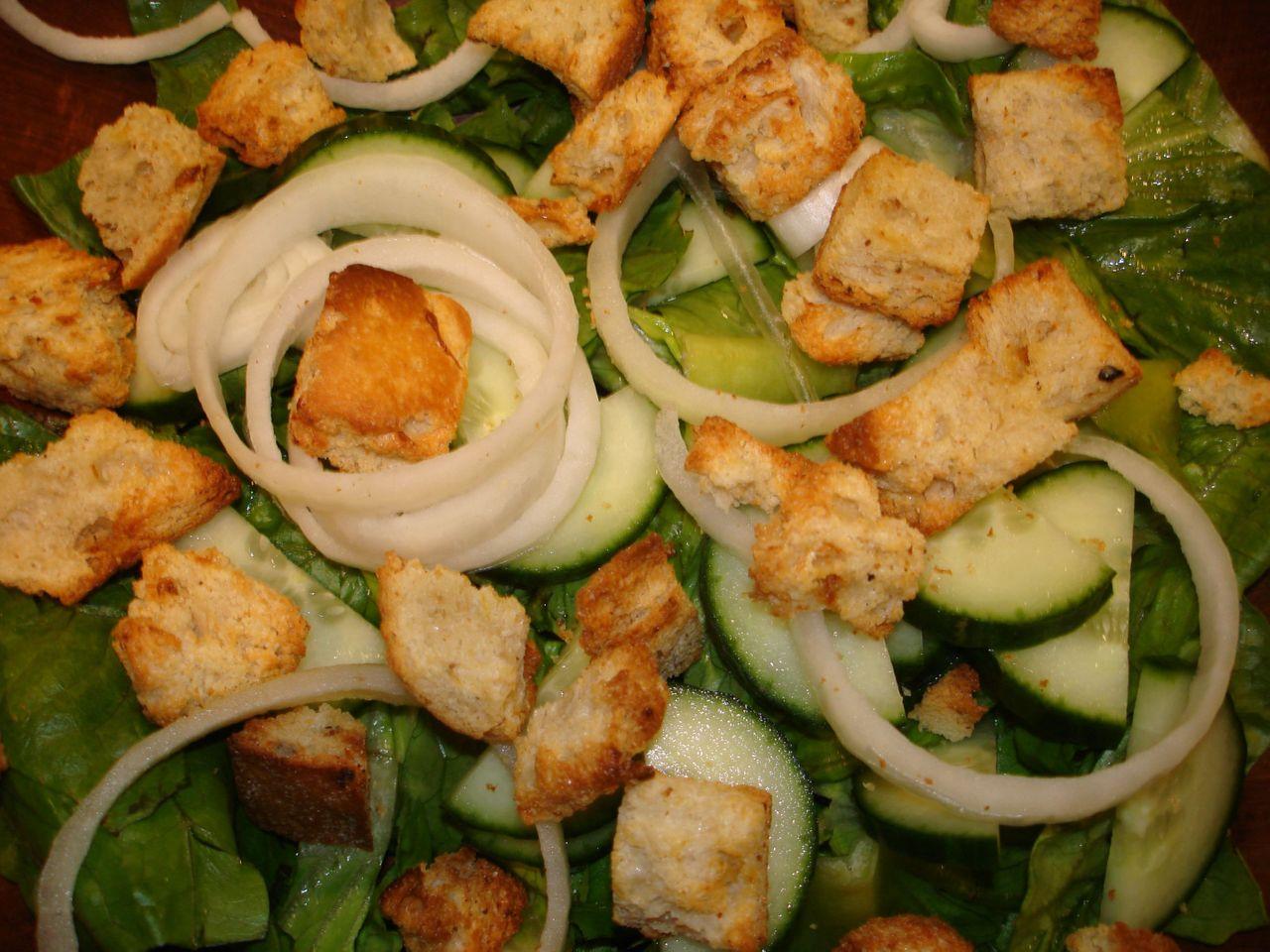 salad_croutons.JPG