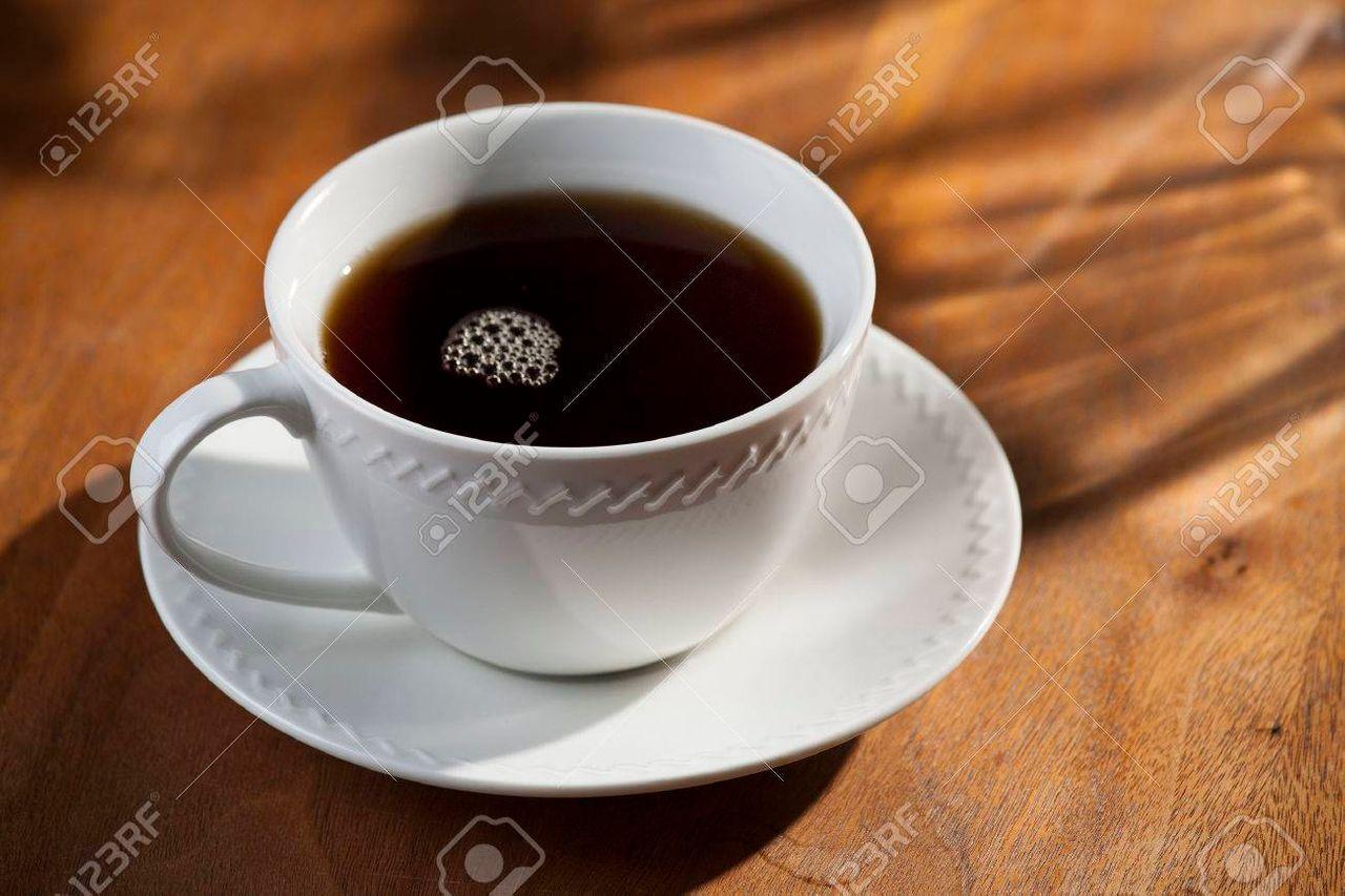 54551207-taza-de-café-negro.jpg
