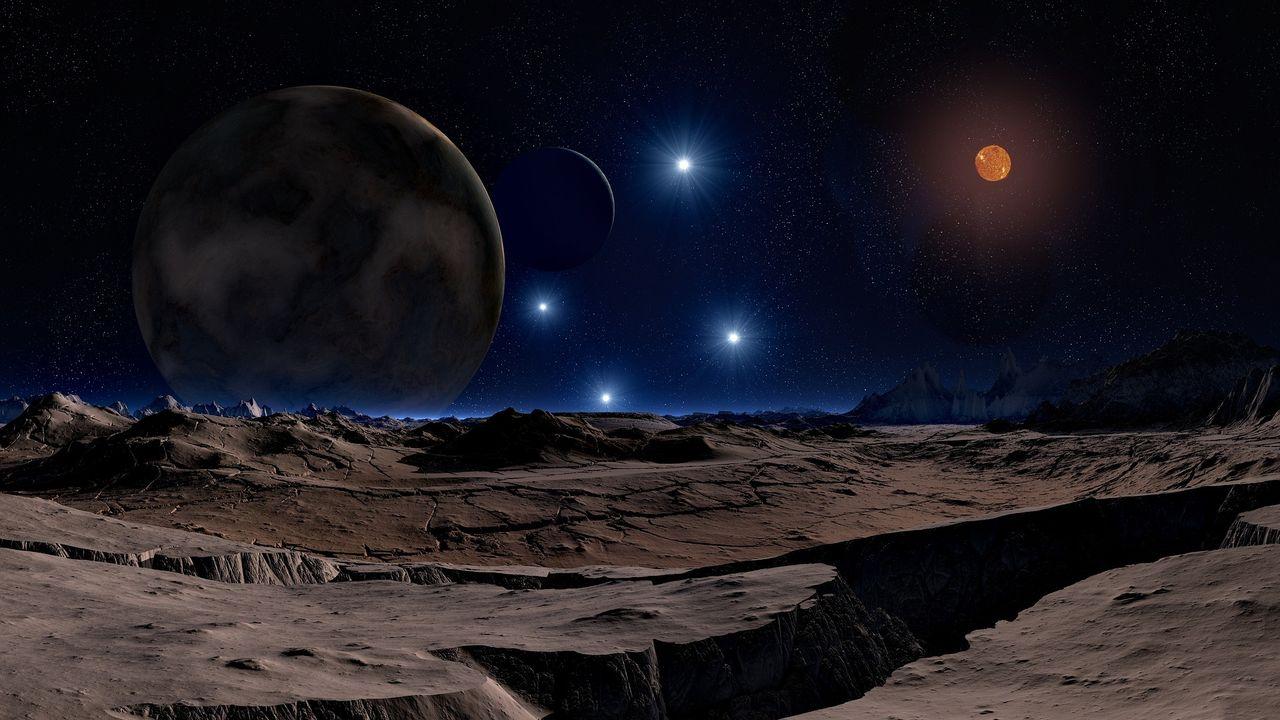 lunar-landscape-1978303_1920.jpg