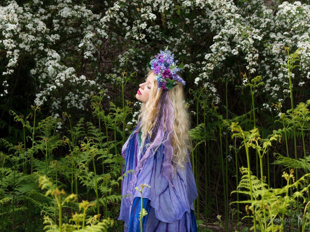 Flower fairy - by priscilla Hernandez (yidneth.com) - Priscilla Hernandez.jpg