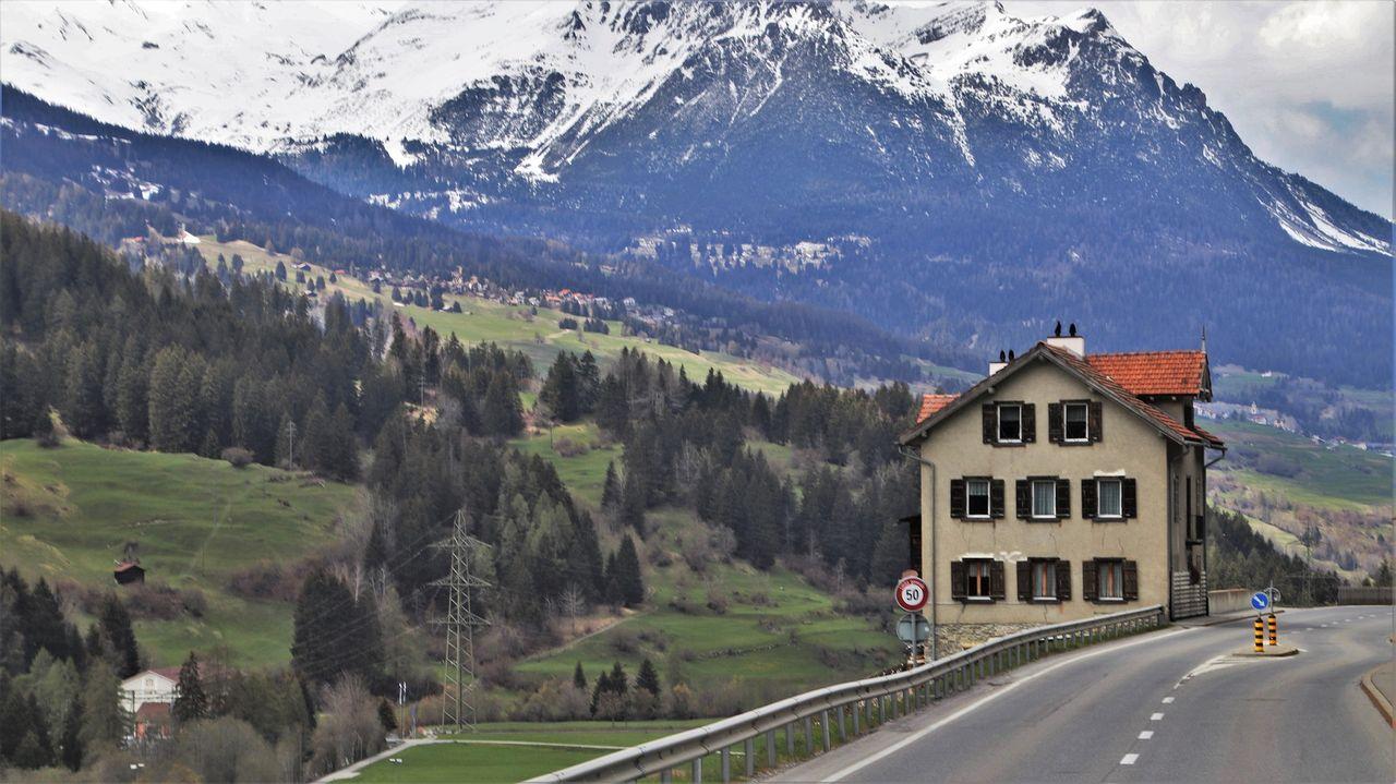 village-4217349_1920.jpg