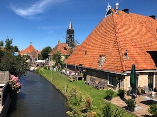 A 60 km bicycle tour through Friesland incl 1 minute boattrip
