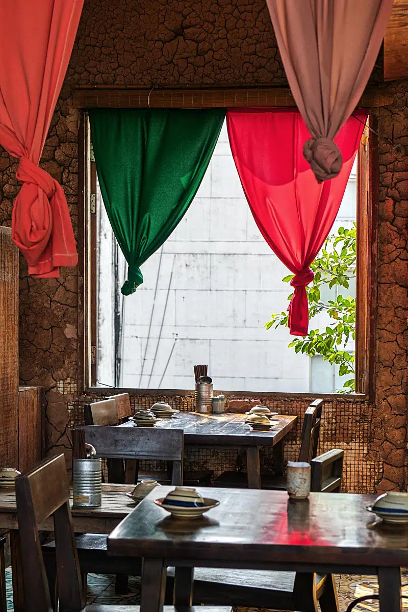 Secret Garden Restaurant can be a romantic place for sure. Just some fixes...