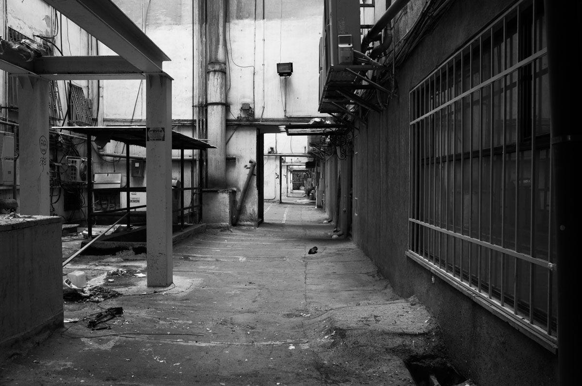 jerusalem_slums_2021_by_victor_bezrukov_8.jpg