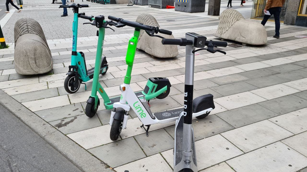 Is it popular to ride an electric scooter in your country?? It has become a big part of the method to move around the city.