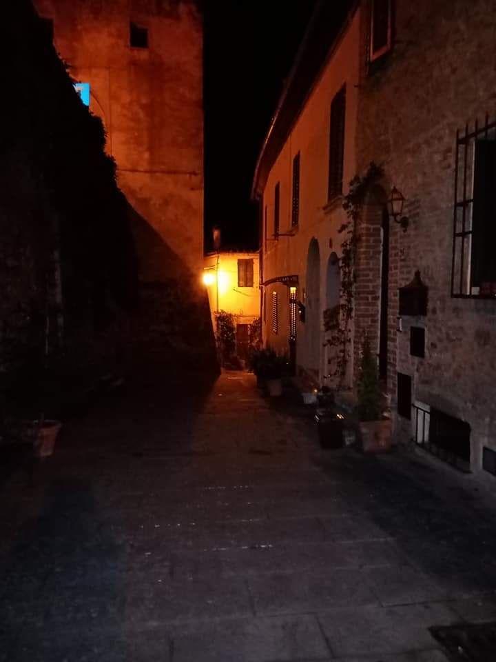 Nightlife in Sinalunga