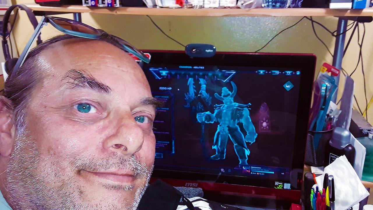 gamers unite, Soundscapes Radio, paladins, restream.io, champions of the realm, battle, live streaming, twitch, dtube, steem, gaming video, YouTube, facebook, jeronimorubio, jeronimo rubio (31).jpg