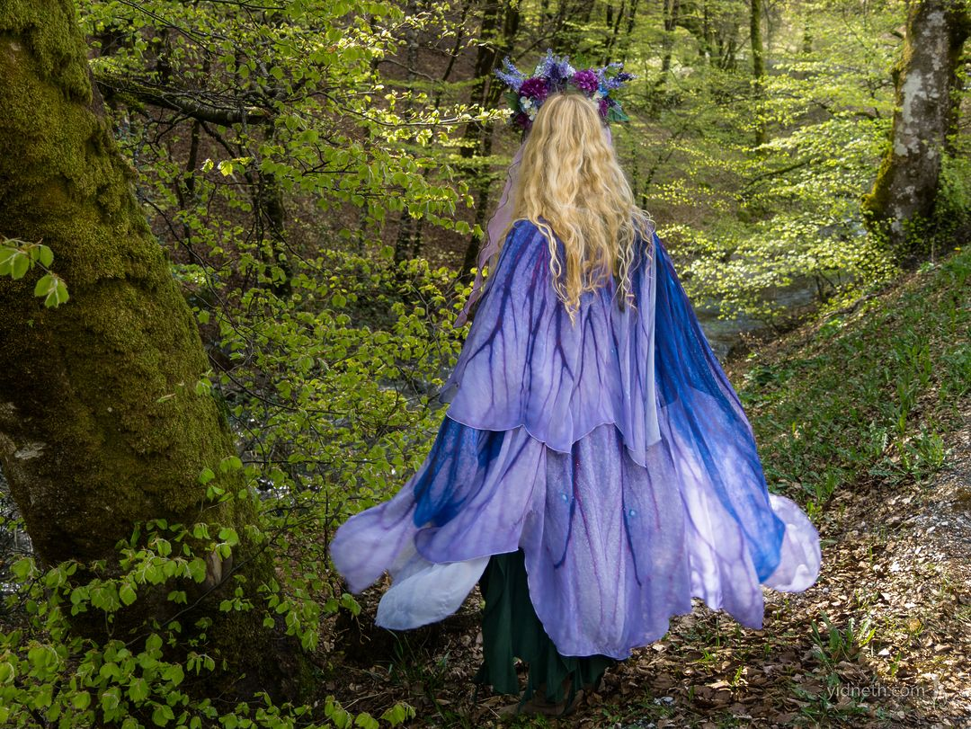 petunia cloak Priscilla Hernandez - by priscilla Hernandez (yidneth.com) - Priscilla Hernandez.jpg