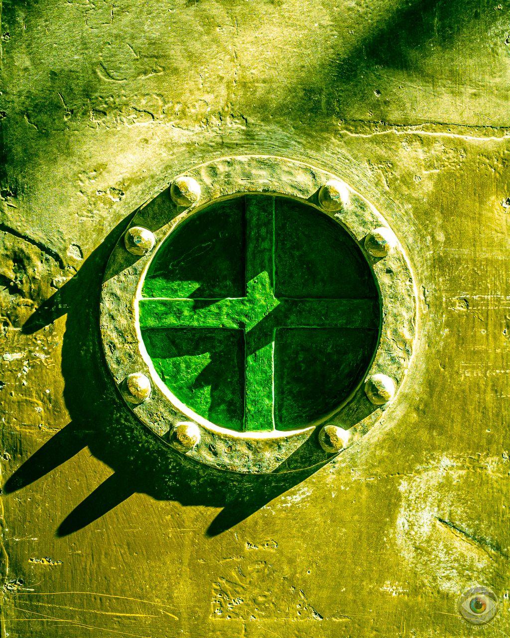 Metal Door Cross - Green