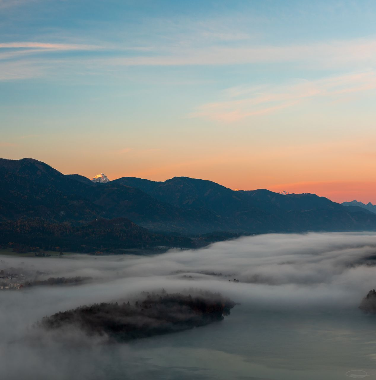 Misty Lake Faak and a little bit of Alpenglow
