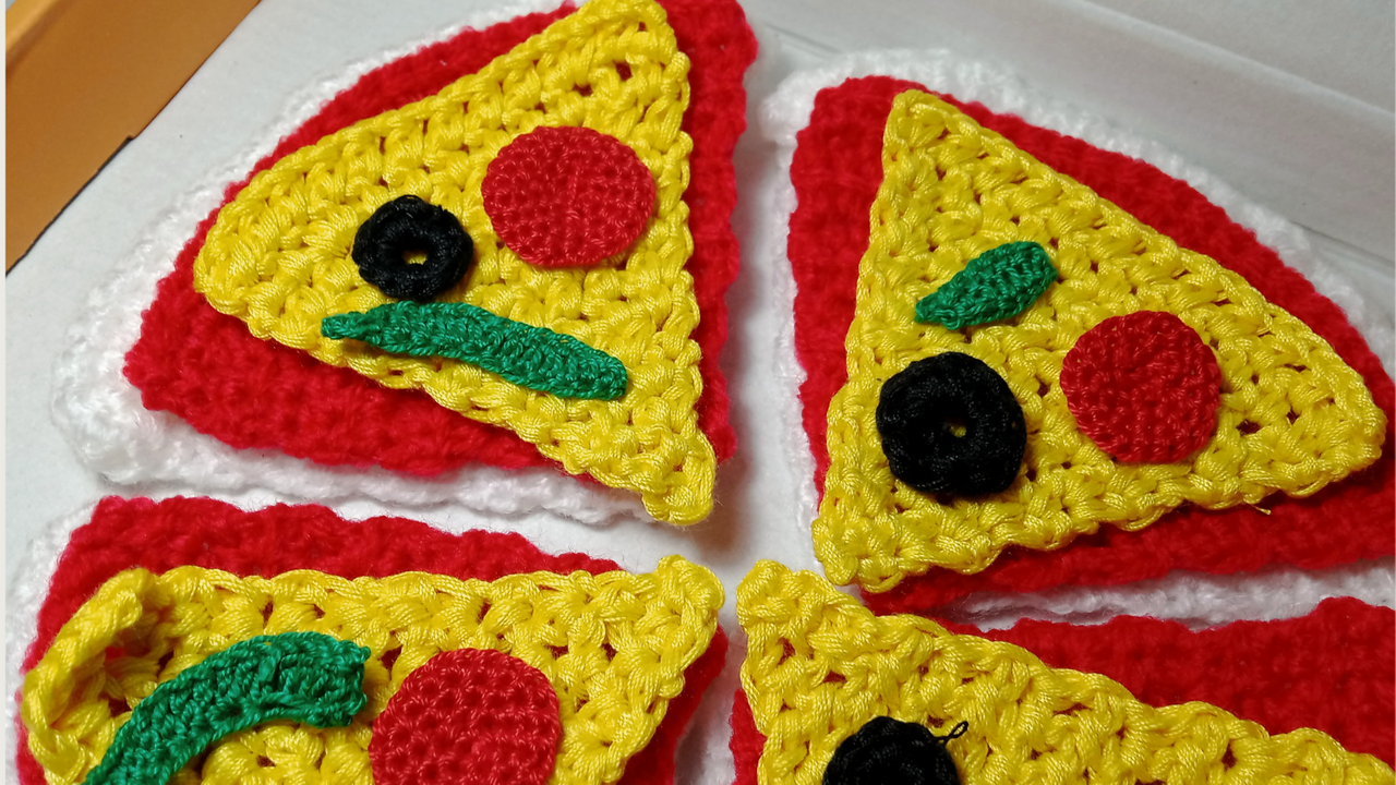Crochet Toy Pizza (10).png