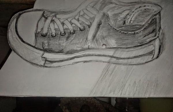 Dibujando un zapato deportivo.