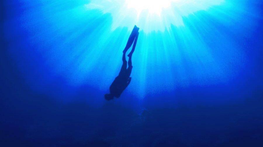 deep_dive1 CLRblur1.jpg