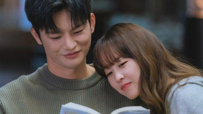 park-bo-young-dan-seo-in-guk-drama-korea-doom-at-your-service.jpg