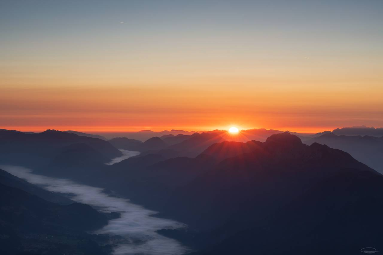 Sunrise view from the Mountain Hochstadel (October 2019)