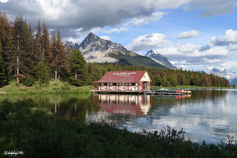 maligne lake (17).jpg