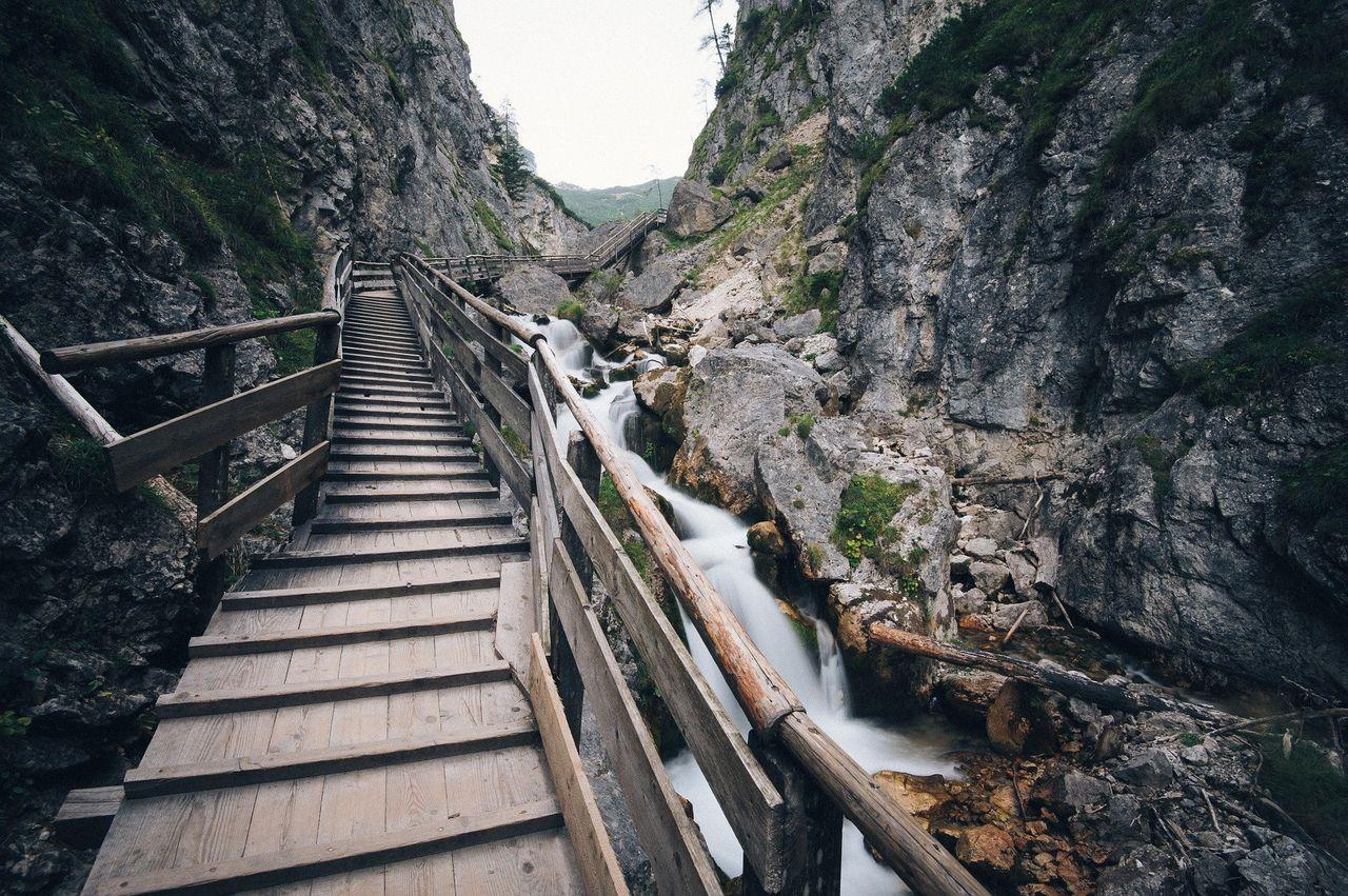 stairway1149473_1920.jpg