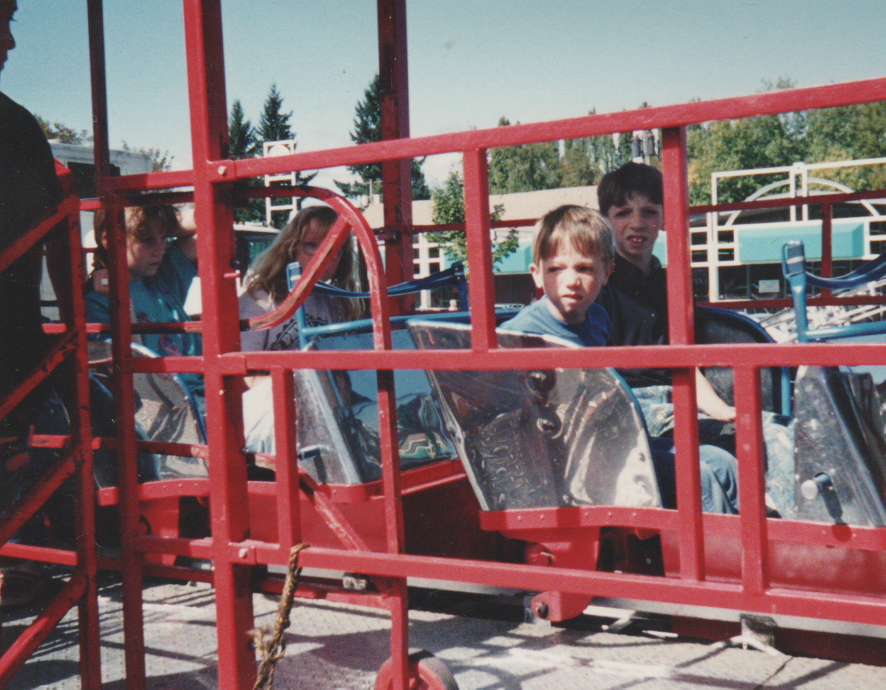 1992-09 - Fair in Forest Grove, parade, rides, Katie, Rick, Joey, Crystal, by Marilyn-12.png