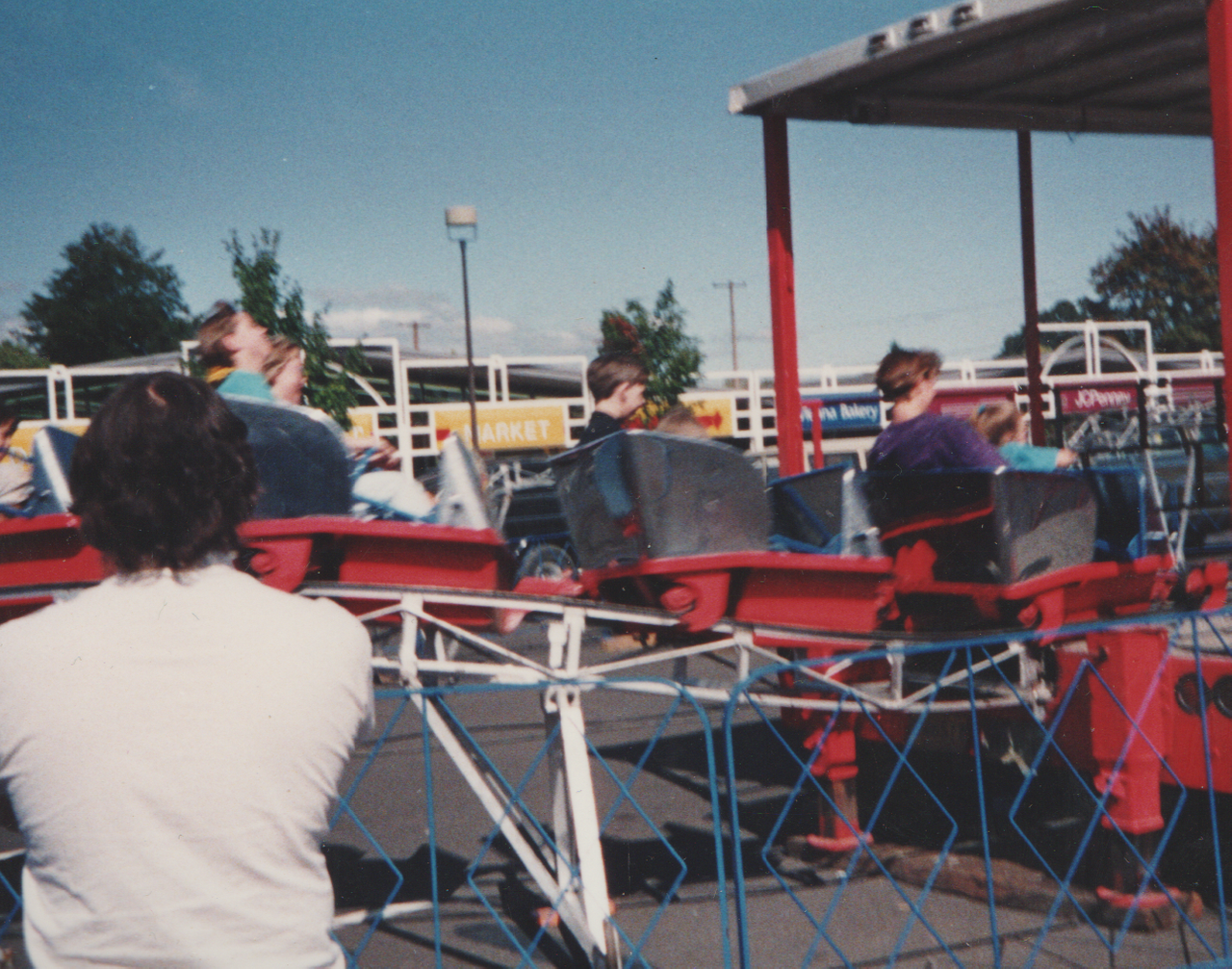 1992-09 - Fair in Forest Grove, parade, rides, Katie, Rick, Joey, Crystal, by Marilyn-11.png