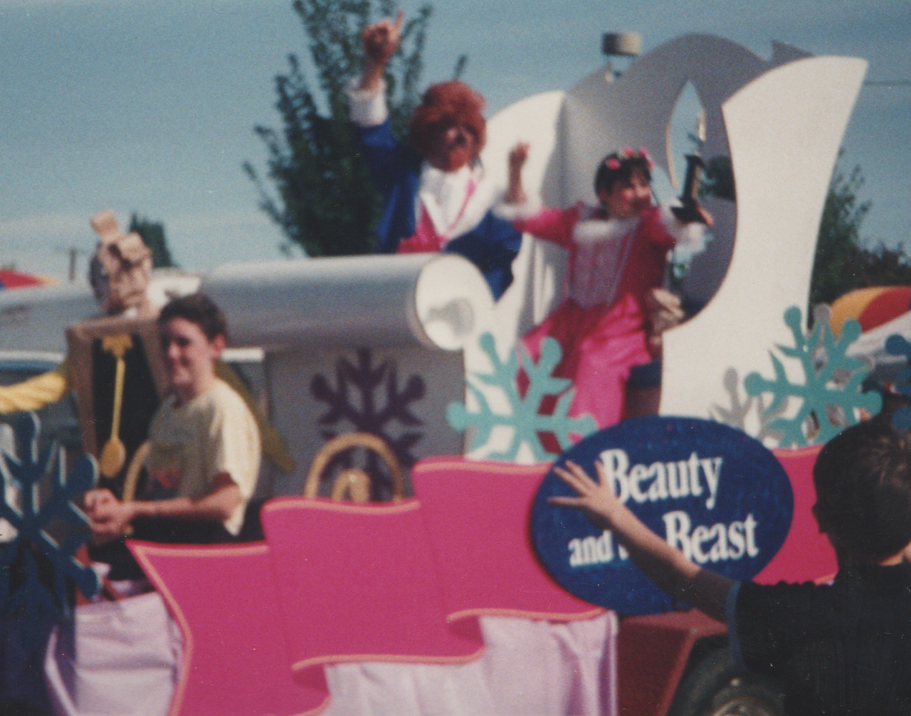 1992-09 - Fair in Forest Grove, parade, rides, Katie, Rick, Joey, Crystal, by Marilyn-06.png