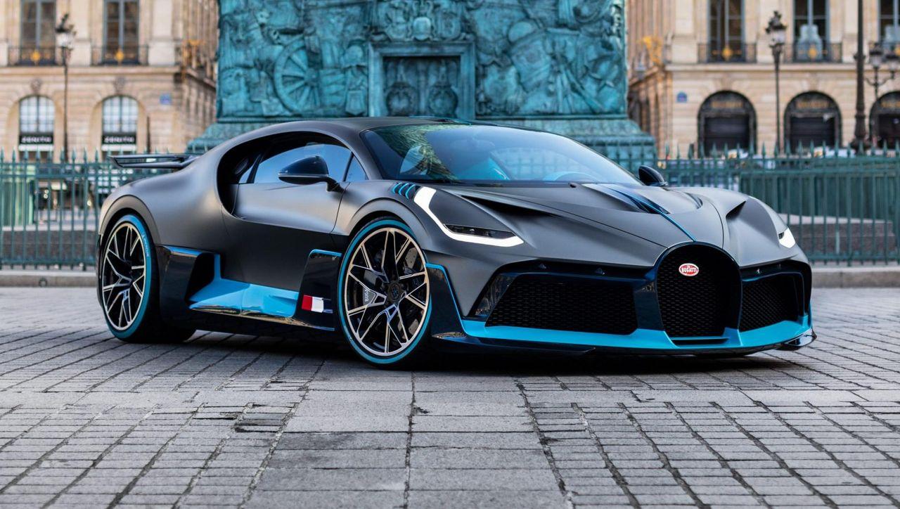 bugatti-divo-parijs-3-e1548340845483-scaled.jpg