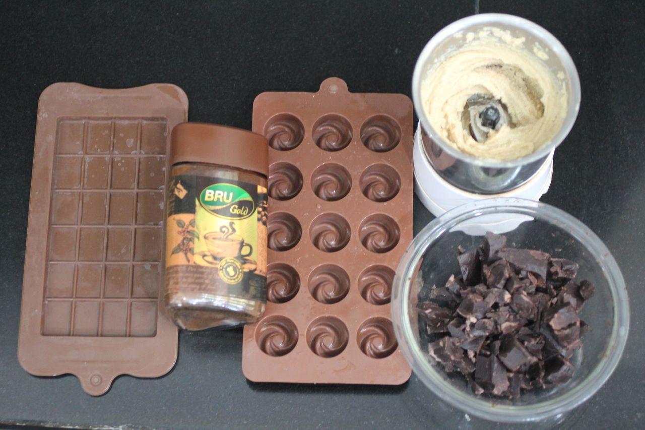 2021_06_16_peanut_butter_coffee_flavour_chocolate_002.jpg