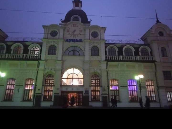 Screenshot_2020-12-06-19-22-52-922_com.facebook.katana.png
