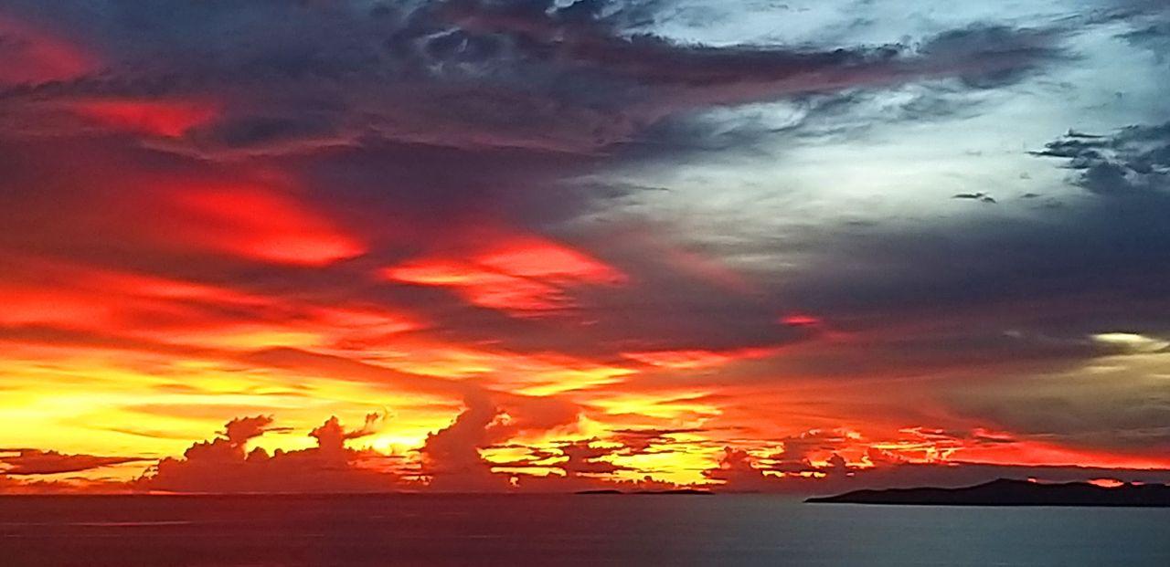 kohsamui99_sunsets_215u.jpg