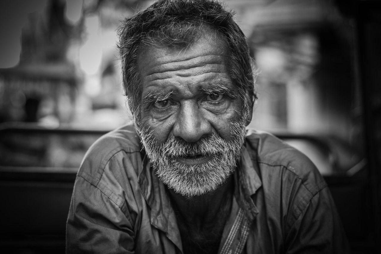 old-man-2687112_1920.jpg