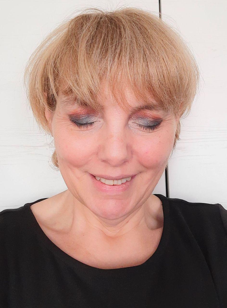 Lipsticksmoothie Makeup Guide 4.jpg