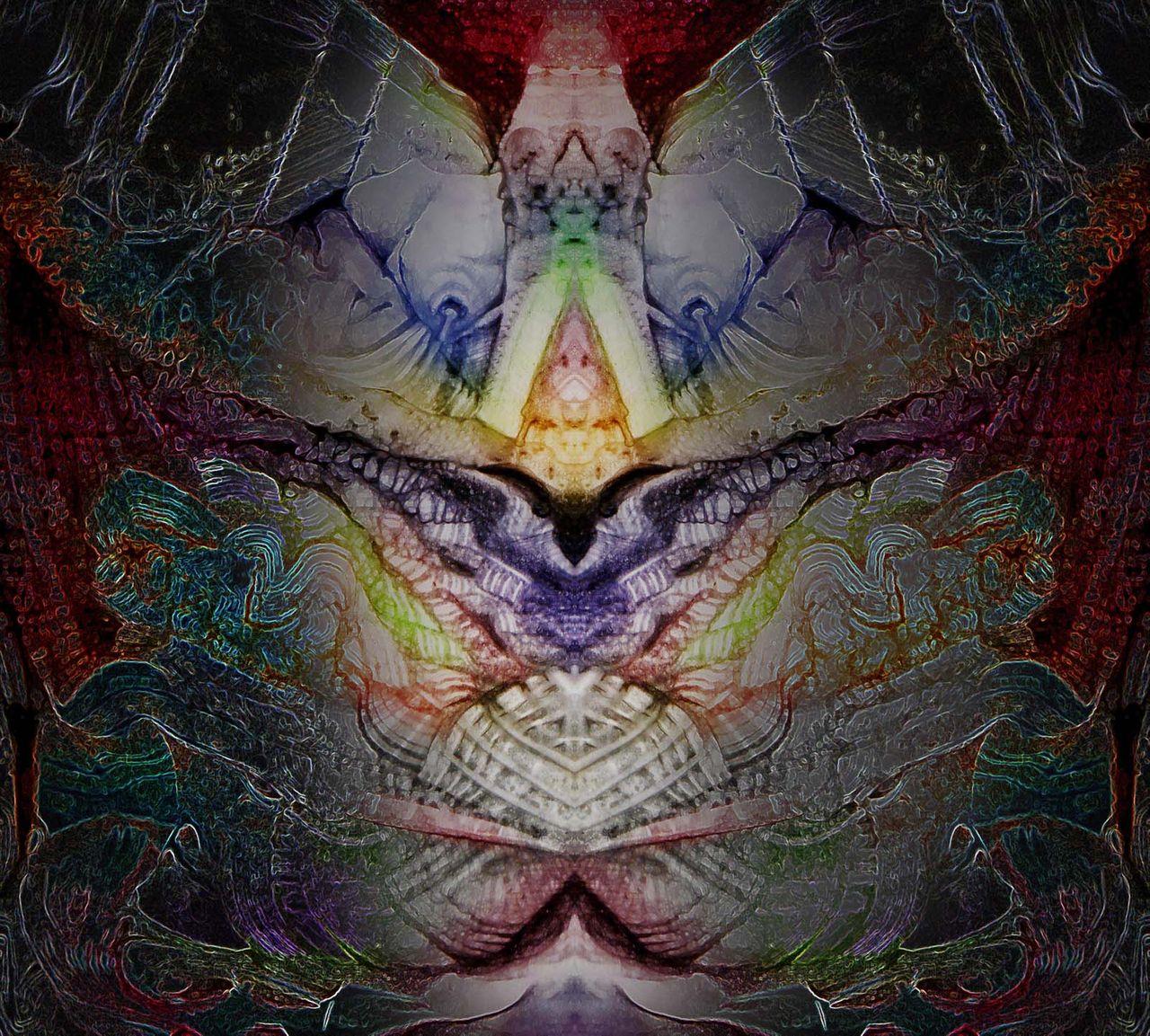 DSCN6968colormirrorplay  web1600.jpg