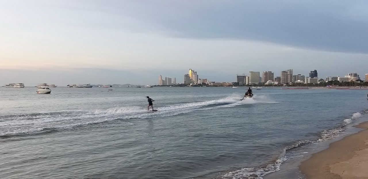 tinman88_pattaya_beach_558.jpg