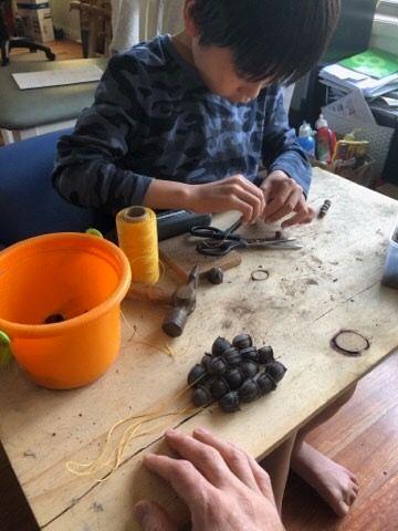 Making gumnuts shaker instrument